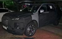 Hyundai вывел на тесты обновленную версию кроссовера Palisade