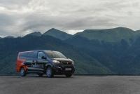 Каршеринг BelkaСar пополнил свой автопарк микроавтобусами Peugeot Traveller